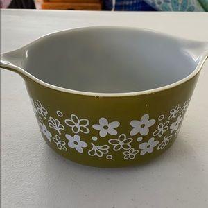PYREX 473 1 qt Crazy Daisy casserole bowl